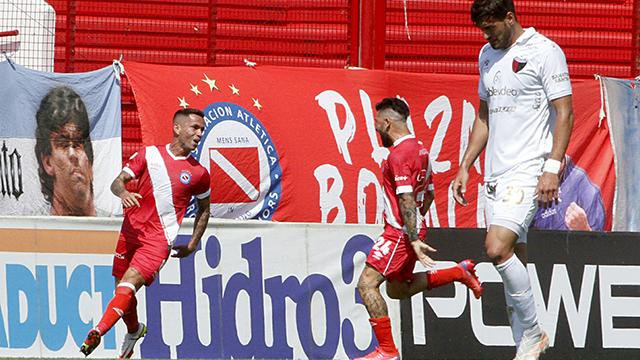 Argentinos frenó la racha de Colón y le ganó 3 a 1 por la Liga Profesional