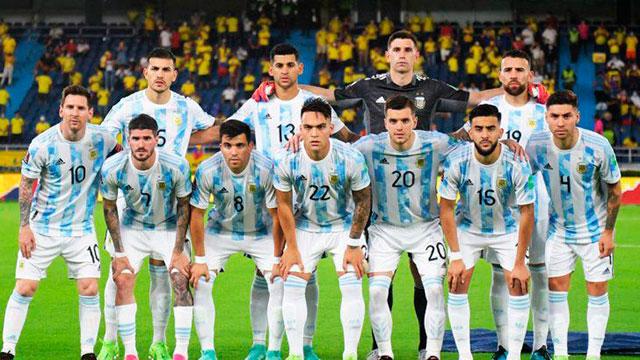 Argentina cierra el año en las Eliminatorias: Días y horarios de los partidos con Uruguay y Brasil